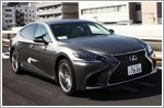 A hands-free affair with the Lexus LS500h