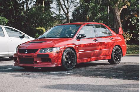 Mitsubishi_Lancer_Evolution_IX