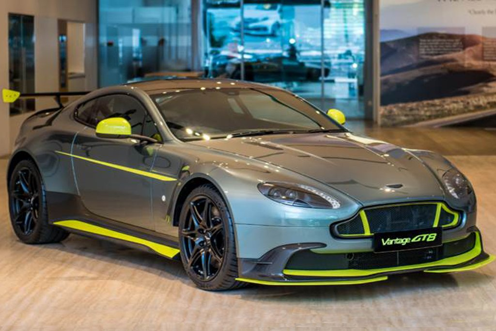 Limited Edition Aston Martin Vantage Gt8 Arrives In Singapore