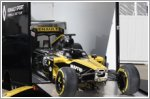 The Renault Master van scores points with Renault Sport F1 team