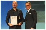 Touareg wins gold at German Design Award