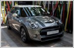 MINI celebrates its 60th Birthday with a host of British icons
