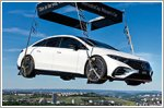 Mercedes hangs an EQS right above a tennis competition