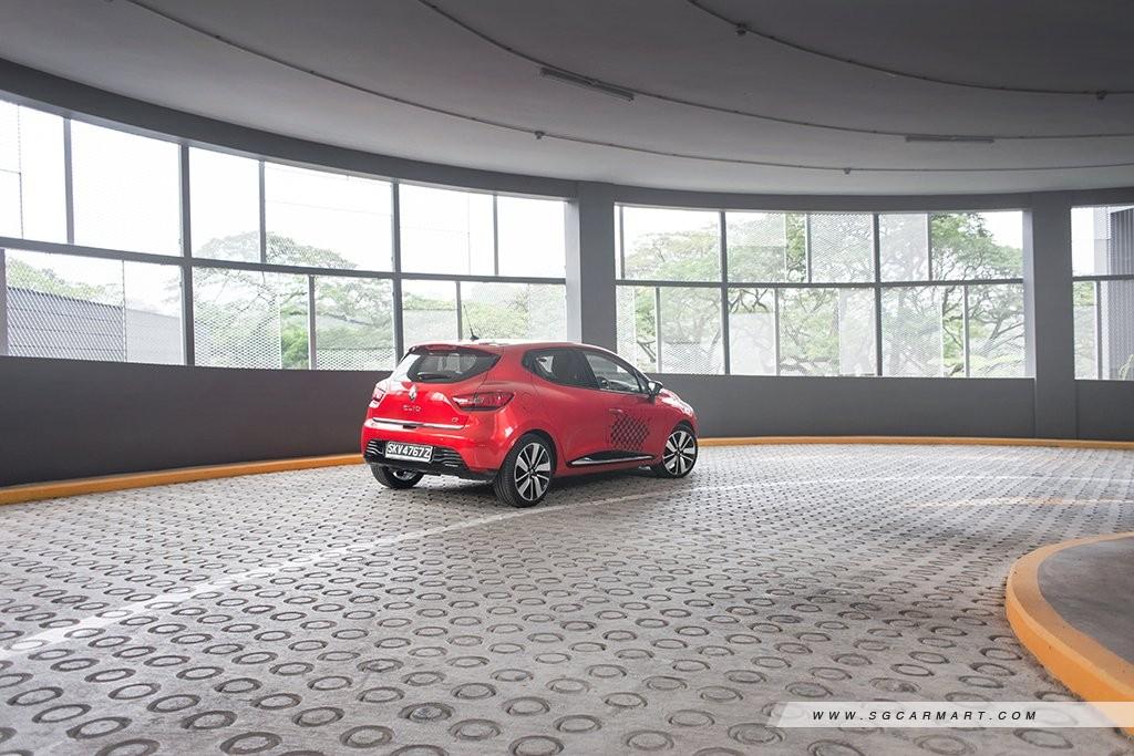 Car Review - Renault Clio Diesel 1 5 dCi (A)
