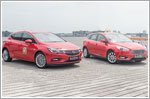 The Ford Focus confronts the new Opel Astra