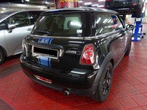 Mini Cooper Hatchback 1.6A