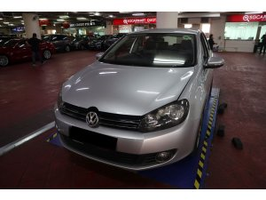 Volkswagen New Golf 1.4A