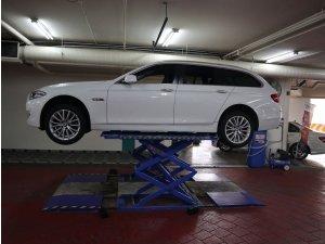 BMW 523I Touring A