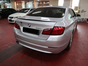 BMW 520I 2.0A 4DR