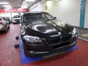 BMW 523I A