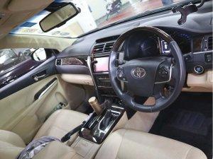 Toyota Camry 2.5 Auto