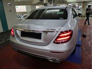 Mercedes Benz E200 AVG (R18 LED)