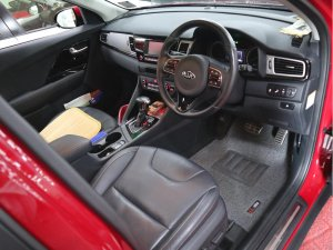 Kia Niro 1.6 GDI DCT Sunroof (Hybrid)