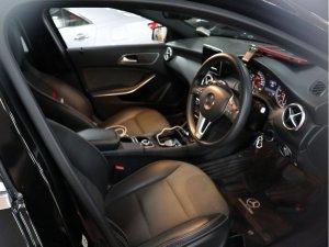 Mercedes Benz A180 (R17)