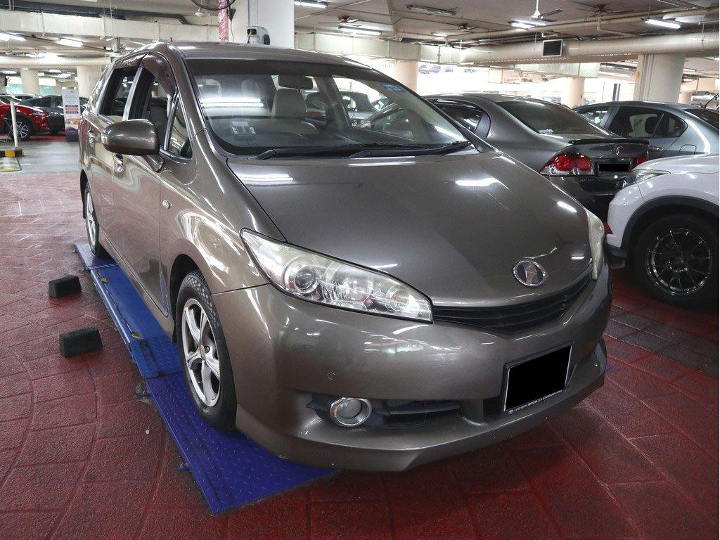Toyota Wish 1.8X A (COE till 08/2024)